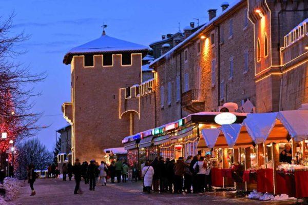 mercatini-natale-san-marino-1184x592